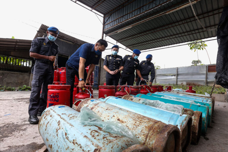 Authorities bust illegal cooking oil and LPG operations in Penang